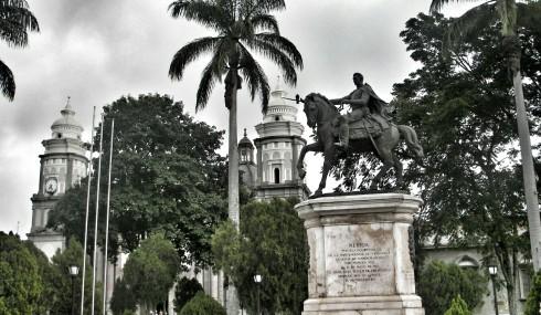 Plaza_Bolívar_Mérida~2